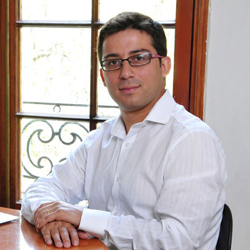 Cristián Pérez J.
